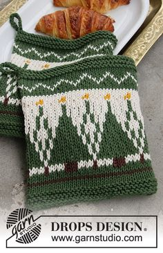 Knitted Christmas pot-holder with Nordic pattern in DROPS Paris. Free Knitting Patterns Uk, Knit Patterns, Drops Design, Knit Or Crochet, Free Crochet, Knitted Christmas Decorations, Drops Paris, Magazine Drops, Labor