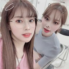 Hyewon × Chaewon aesthetic by miko Kpop Girl Groups, Korean Girl Groups, Kpop Girls, Cool Girl, My Girl, Eyes On Me, Secret Song, Sung Kyung, Gfriend Sowon