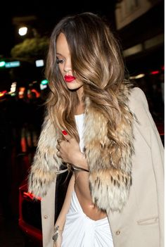 Rihanna's balayage hair is beautiful here