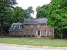 NEW – SPARTANBURG, SC – LARGE 5 BR ALL-BRICK HOME WITH MANY EXTRAS