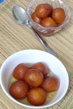 Gulab jamun recipe - These are made with khoya or mawa. For binding all purpose flour is added. Making this traditional Indian sweet is very easy. You need to keep few points in mind, I have mentioned those in the instructions. Indian Dessert Recipes, Indian Sweets, Sweets Recipes, Snack Recipes, Cooking Recipes, Diwali Recipes, Indian Recipes, Jamun Recipe, Gulab Jamun