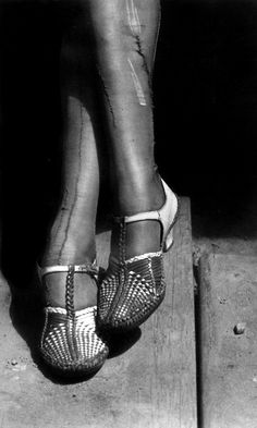 Dorothea Lange: A sign of times - depression - mended stocking of a stenographer, San Francsico, 1934~ ♛