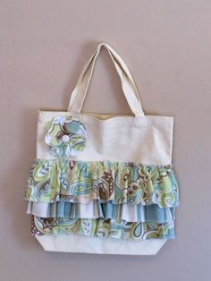 Items similar to Ruffled Canvas Tote on Etsy Diy Tote Bag, Pouch Bag, Purse Patterns, Sewing Patterns, Jean Crafts, Handmade Bags, Beautiful Bags, Sewing Hacks, Ruffles