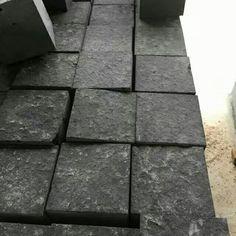 Chinese Bluestone Basalt Paving Cube Stone Antislip Flamed Surface Finish Basalt Stone, Surface Finish, Facade, Cube, Sidewalk, Chinese, It Is Finished, Side Walkway, Facades