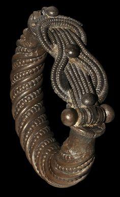Greek Silver Herakles Knot Bracelet, c. 3rd-2nd Century BC.
