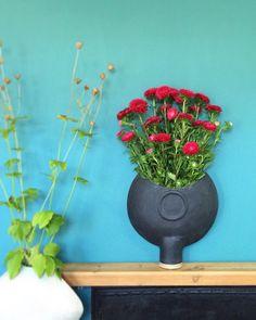 "40 Likes, 1 Comments - Andrew Walker (@andrewwalker.ceramics) on Instagram: ""A few new vases.. #handmade #stoneware #ceramics #pottery #style #interiordesign #interior…"""