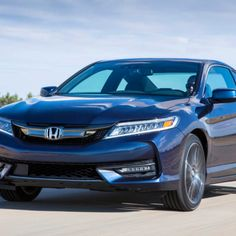 2017 Honda Accord Coupe A portion of the comfort highlights incorporate Start catch, Home Link and a one-touch electric moonroof.