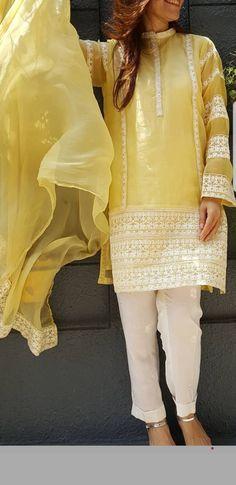 Pakistani Kurta Designs, Pakistani Kids Dresses, Pakistani Dress Design, Pakistani Outfits, Indian Outfits, Designer Punjabi Suits, Indian Designer Outfits, Designer Dresses, Dress Over Pants
