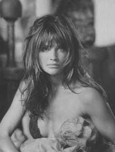 Helena Christiensen bangs