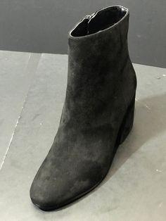 579d16378a79 400 Best Women s Shoes (9) images