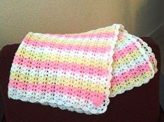 [Free Pattern] Amazing Baby Afghan That Will Take Your Breath Away - http://www.dailycrochet.com/free-pattern-amazing-baby-afghan-that-will-take-your-breath-away/