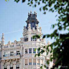 Spain Travel, Pisa, Tower, Building, Instagram Posts, Modernism, Tourism, Paths, Cities