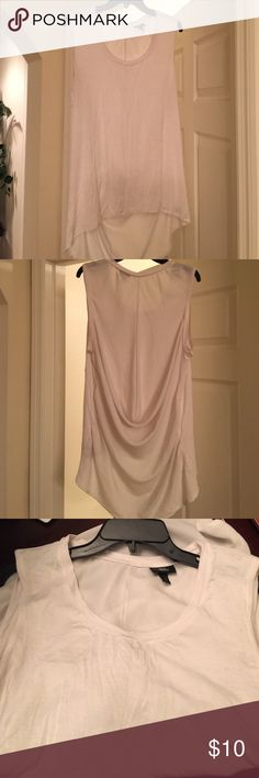 MUST HAVE OFF-WHITE HIGH/LOW HEM TOP Dress up or down, back has gathers, very pretty Mossimo Supply Co Tops Blouses