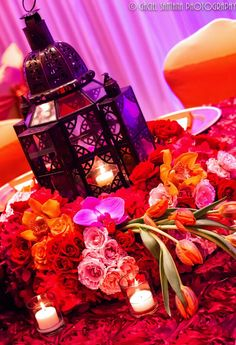 trendy wedding decorations indian receptions center pieces Source by Moroccan Party, Morrocan Theme, Moroccan Wedding, Simple Wedding Decorations, Wedding Centerpieces, Table Decorations, Decoration Party, Indian Decoration, Wedding Ideas