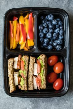 healthy food prep These four easy, protein-packed bento boxes are perfect for a quick lunch or post workout snack on-the-go. Made with wholesome ingredients like Just BARE Chicken, fr Lunch Meal Prep, Healthy Meal Prep, Healthy Snacks, Healthy Recipes, Healthy Lunches For School, Healthy Lunchbox Ideas, Lunch Recipes, Healthy Meal Planning, Healthy Lunch To Go