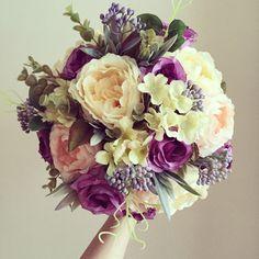 Gelin buketi / bridal bouquet www.masalsiatolye.com Flower Makeup, Hair Decorations, Bride Bouquets, Flowers In Hair, Bridal Accessories, Bridal Hair, Floral Wreath, Crown, Wreaths