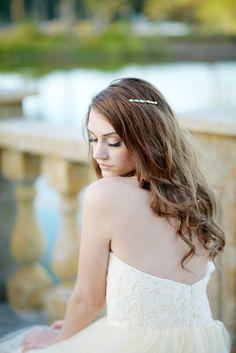 Crystal hair comb - Alma by Tessa Kim #tessakim #simplecomb #crystal #bridal #wedding #2015