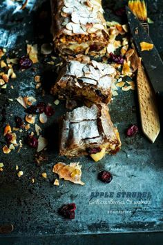 ... apple strudel with cranberries & walnuts ...