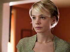 I love this short hair cut. Carey Mulligan in Drive movie. Carey Mulligan Hair, Carrie Mulligan, Ryan Gosling, Gatsby, Daily Beauty, Grow Out, Looks Style, Great Hair, Hair Today
