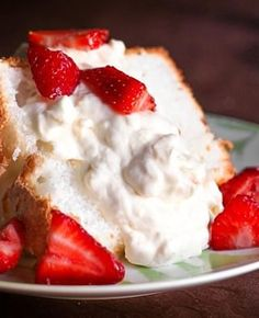 I love this Angel Food Cake with Pineapple Whip dessert because it is so fresh and yummy, but it also looks so pretty and can feed a crowd. Angle Food Cake Recipes, Cupcake Recipes, Cupcake Cakes, Dessert Recipes, Bundt Cakes, Cake Cookies, Pineapple Whip, Pineapple Desserts, Easy Desserts