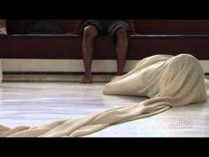 """▶ Proposição """"Túnel"""" - Lygia Clark: uma retrospectiva - YouTube"""