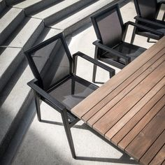 Outdoor table & chairs Belgian designer Gommaire