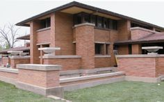 View from the southeast showing restored masonry exterior | Frank Lloyd Wright's Martin House Complex :: Learn : Restoration