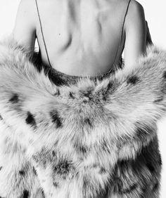 Saint Laurent 'Skin' Spring/Summer 2016 Collection by Hedi Slimane Agyness Deyn, Yves Saint Laurent, Garance, Hedi Slimane, House Stark, The Great Gatsby, Peaky Blinders, Winter Is Coming, Spring Summer 2016