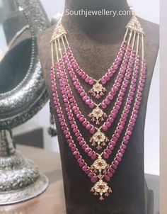 Jewellery Designs - Page 3 of 1558 - Latest Indian Jewellery Designs 2019 ~ 22 Carat Gold Jewellery one gram gold Beaded Jewelry Designs, Gold Earrings Designs, Gold Jewelry, Bead Jewellery, Bridal Jewellery, Jewellery Making, Jewelery, Fine Jewelry, Indian Jewelry Sets