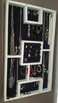 coffre armoire cadre bijoux mural avec miroir. Black Bedroom Furniture Sets. Home Design Ideas