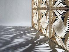 Biombo, se puede hacer con papel reciclado o cartón liviano.