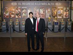 Rafa Nadal: Ha sido un placer recibir la visita de Ricardo y de mis amigos de KIA. Muchas gracias por vuestro apoyo!