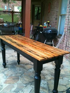 Upcycled table using reclaimed wood