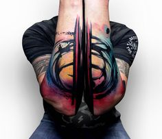 I tatuaggi astratti di Szymon Gdowicz