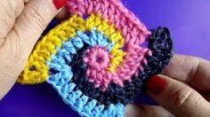 Вязание крючком Урок 224 Спираль Crochet Spiral square motif, via YouTube.