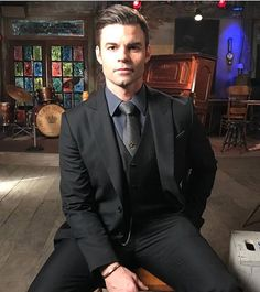 Daniel Gillies last time in Elijah's suit season 5 12/12/2017