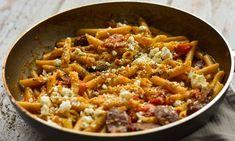 Πένες με λουκάνικο και φέτα Cookbook Recipes, Cooking Recipes, Healthy Recipes, Pasta Recipies, Rice Grain, Tasty, Yummy Food, Pasta Noodles, Orzo