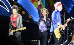 Las leyendas de la música hicieron vibrar y cantar a 55.000 fanáticos en noche espectacular.