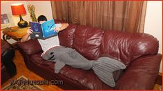 """It's a """"fin-tastic"""" day for YARNutopia as we release the video tutorial and free pattern for the shark tail. A much anticipated blog post for this """"Jaw-some"""" blanket. *Queue JAWS music here* Click ..."""