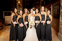 Loving these bridesmaids in gray dresses! | Pepper Nix Photography