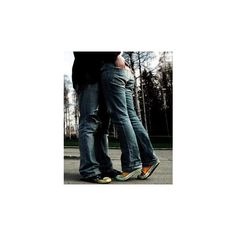 kiss or love picture by WISHnxOnxAxSTr - Photobucket ❤ liked on Polyvore featuring couples, love, backgrounds, pictures and people
