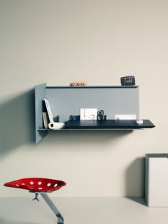 Compact And Stylish Desk Pad For Small Spaces | DigsDigs
