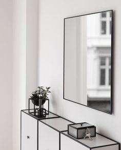 Spieglein, Spieglein an der Wand...! Spiegel von by Lassen