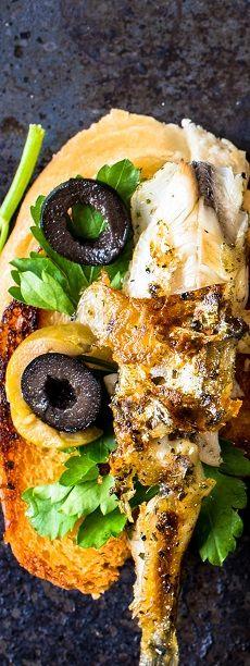 La sardine ne se déguste pas qu'à l'huile : grillée au barbecue ou cuite au four, c'est un vrai délice. #LaGrandeEpicerie #Recette #Selection #Printemps #Spring #food #cuisine #poisson #fish