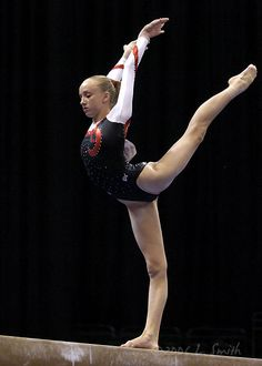 Nastia Liukin is always a gymnast you can look to for beautiful lines. ALWAYS. I love Shawn as my favorite, because she's so physically powerful, daring, and non-hesitant, but I love Nastia too, for her lines, beauty, and grace.