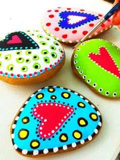 painted rocks.  how cute and easy (easy is important for a craft-challenged person like me)