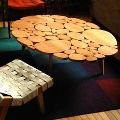 Mesa de tronco cortado en rodajas