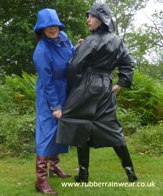 What's better than a hot babe in her Rubber Rainwear enjoying the outdoors? Rubber Catsuit, Rain Hat, Rubber Raincoats, Pvc Raincoat, Weather Wear, Outdoor Photos, Black Rubber, Rain Jacket, Windbreaker