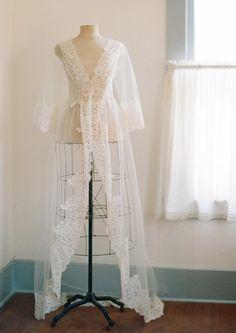 Designer lingerie Pijamas e Bridal Sexy Lingerie, Lingerie Outfits, Pretty Lingerie, Wedding Night Lingerie, Wedding Boudoir, Wedding Lingerie, Lace Bridal Robe, Bridal Robes, Claire Pettibone