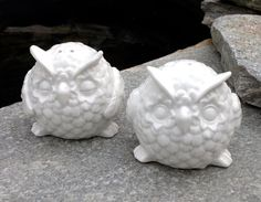 FREE SHIPPING-Vintage White Owl Salt and Pepper Shakers-Mid Century-Kitsch-French Cottage-Modern-Boho-Kitchen Decor